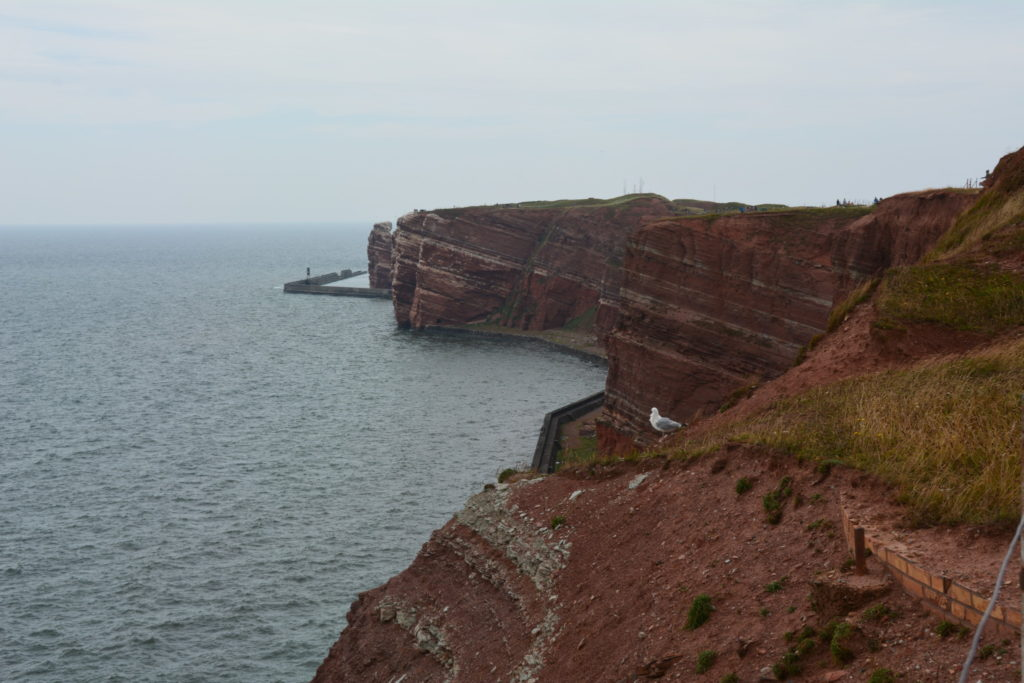 Klipporna på södra sidan av Helgoland